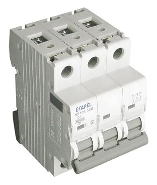 Disyuntor MT - 3P - 10kA