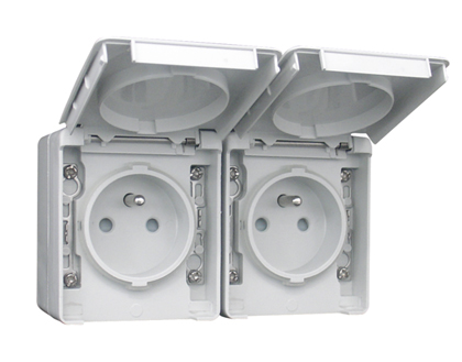 Two Safety Earth Sockets (French Type) in a Double Horizontal Base