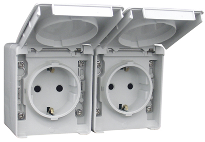 Two Earth Sockets (Schuko Type) in a Double Horizontal Base
